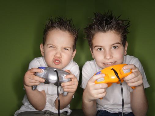 Videogiochi: influenza positiva o negativa sui bambini?