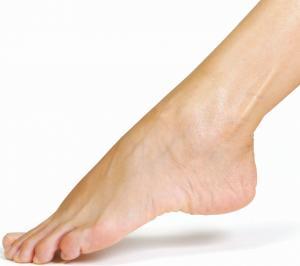 Il piede della donna cresce durante la gravidanza.